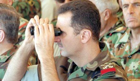 Assad_dressed_in_military_uniform10.12