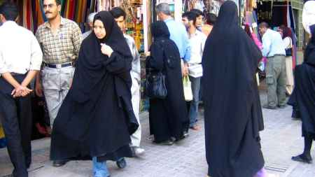women_in_shiraz_2