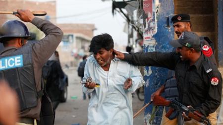 PakistaniChristianBeaten-IP_7