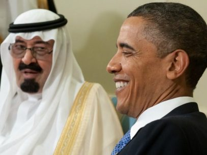 US President Barack Obama smiles alongside King Abdullah bin Abdulaziz Al Saud of Saudi Arabia during meetings in the Oval Office at the White House in Washington, DC, June 29, 2010. AFP PHOTO / Saul LOEB (Photo credit should read SAUL LOEB/AFP/Getty Images)