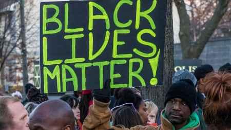 black_lives_matter_sign_minneapolis_protest