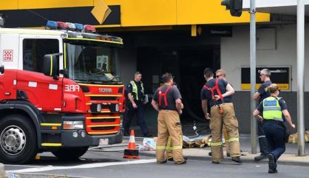 australia-bank-fire