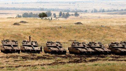 Merkava Mark-4 tanks (Photo: AFP)