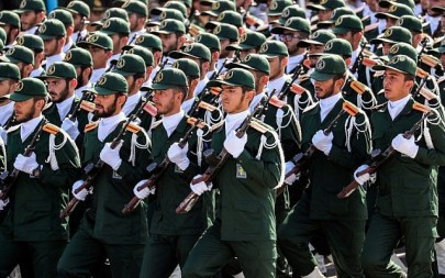 Members of Iran's Revolutionary Guard Corps (IRGC) march during the annual military parade marking the anniversary of the outbreak of the devastating 1980-1988 war with Saddam Hussein's Iraq, in the capital Tehran on September 22, 2018. (AFP / STR)