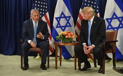 US President Donald Trump meets with Israeli Prime Minister Benjamin Netanyahu on September 26, 2018 in New York on the sidelines of the UN General Assembly. (AFP PHOTO / Nicholas Kamm)
