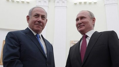 Netanyahu (L) and Putin  (Photo: EPA)