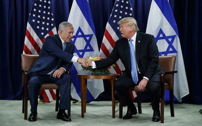 US President Donald Trump shakes hands with Prime Minister Benjamin Netanyahu at the United Nations General Assembly on September 26, 2018, at UN Headquarters (AP Photo/Evan Vucci)