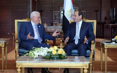Palestinian Authority President Mahmoud Abbas and Egyptian President Abdel Fattah el-Sissi meeting in Sharm al-Sheikh on November 3, 2018. (Credit: Wafa)