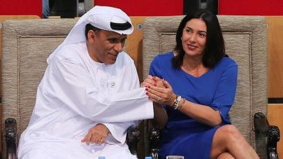 Regev with the president of the UAE's UAE Wrestling Judo & Kickboxing Federation (Photo: AP)