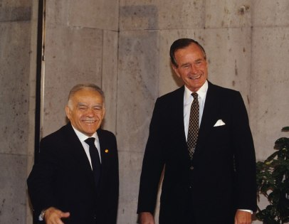Israeli PM Yitzhak Shamir and US President George HW Bush meeting in Madrid in 1991, after the Gulf War (Photo: David Rubinger)
