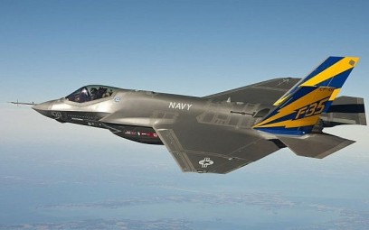 A US Navy F-35 fighter jet during a test flight. (US Navy/Wikimedia Commons)