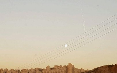 An Israeli-American Arrow 3 test as seen from Jerusalem on the morning of January 22, 2019 (Elie Leshem/Times of Israel)