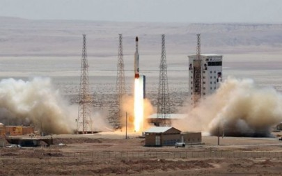 A picture from the official website of the Iranian Defense Ministry claims to show the launch of a satellite-carrying rocket on July 27, 2017. (Iranian Defense Ministry)