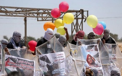 Israeli planes shoot at Gazans launching incendiary balloons into Israel