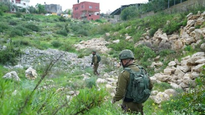 IDF troops searching for the gunman (Photo: IDF Spokesperson's Office)