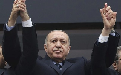 Turkey's President Recep Tayyip Erdogan waves to supporters during a rally in Giresun, Turkey, February 26, 2019. (Presidential Press Service via AP, Pool)
