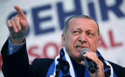 Turkey's President Recep Tayyip Erdogan delivers a speech at a rally of his ruling Justice and Development Party's (AKP) in Istanbul, March 5, 2019. (Lefteris Pitarakis/AP)