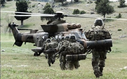 Illustrative - Turkish soldiers on a training exercise. (Turkish Land Forces Command)