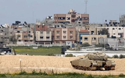 An Israeli Merkava battle tank near the border with the Gaza Strip near the Kibbutz of Nahal Oz in southern Israel, March 15, 2019 (Jack Guez/AFP)