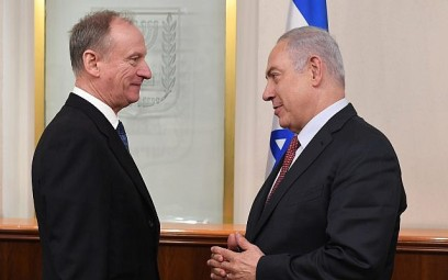 Russian Federation Security Council Secretary Nikolai Patrushev, left, meets with Prime Minister Benjamin Netanyahu in the Prime Minister's Office in Jerusalem, February 1, 2018. (Kobi Gideon/GPO)