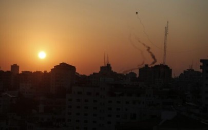 Palestinian rockets are seen being fired from Gaza on November 12, 2019. (MAHMUD HAMS / AFP)