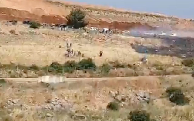 Lebanese protesters demonstrate along their border with Israel on May 14, 2021. (Scren capture/Twitter)